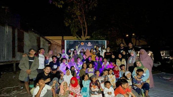 Warung Sedekah Makassar Gebrek Kampung, Sambangi Daerah Kumuh dan Bagi-bagi Makanan