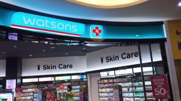 Produk Kecantikan Diskon 50 Persen di Watsons TSM Makassar