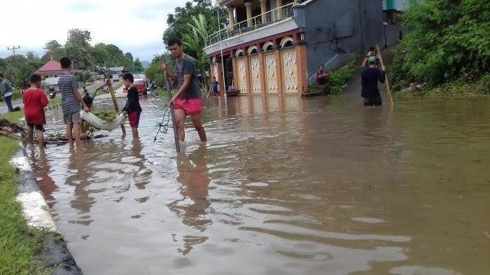 Prakiraan Cuaca Selasa 28 Januari 2020, Barru Diperkirakan Hujan Lokal Hingga Malam