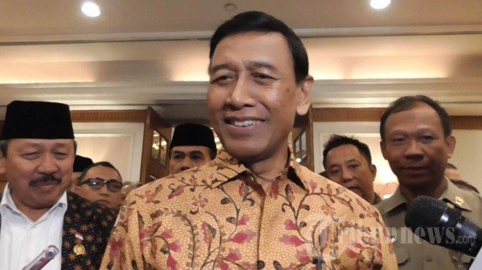 Mahfud MD Jabat Menko Polhukam,  Reaksi Wiranto saat Serah Terima Jabatan?