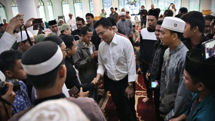 Bahas Dugaan Penistaan Agama, Forum Umat Islam Ajak Diskusi Bareng Yusril di Makassar - yusril2_20161111_222522.jpg