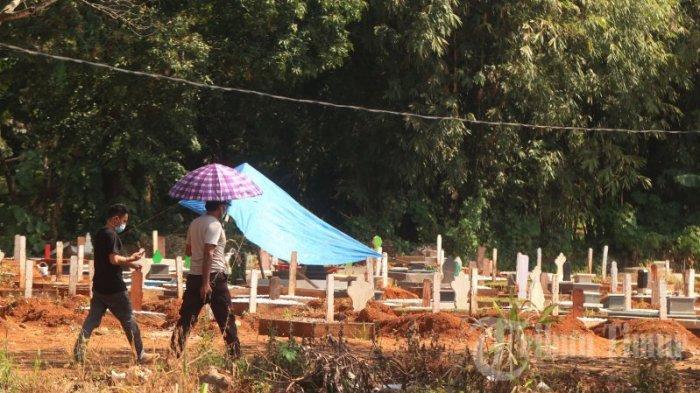 FOTO: Ziarah ke Pemakaman Covid Macanda Bisa Daftar Lewat Jalur Online - ziarah-ke-pemakaman-covid-di-jl-macanda-1.jpg