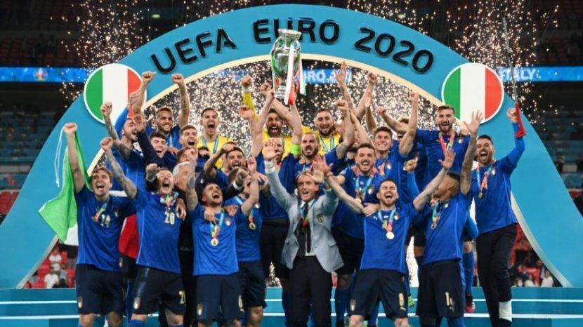 selamat-italia-juara-euro-2020-inggris-sudah-55-tahun-tanpa-gelar-mayor.jpg