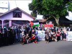 150-relawan-di-pinrang-melakukan-aksi-peduli-palestina-minggu-23052021.jpg