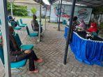40-warga-kelurahan-sambung-jawa-vaksinasi-covid-19-gratis-di-halaman-kantor-tribun-timur.jpg