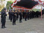 60-personel-sat-brimobda-polda-sulsel-tiba-di-mapolres-toraja-utara-rabu-2392020-siang.jpg