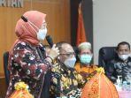 anggota-badan-pengawas-pemilu-republik-indonesia-bsww.jpg