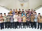anggota-forum-rektor-penguat-karakter-bangsa.jpg