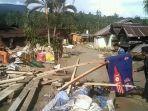 banjir-bandang-terjadi-di-dusun-3-desa-salua-12122018.jpg