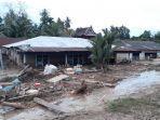 banjir-bandang-yang-menerjang-kabupaten-luwu-utara-senin-1372020.jpg
