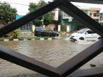banjir-menggenangi-jl-jenderal-sudirman-kelurahan-biringere-kecamatan-sinjai-utara-3.jpg