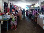 banyak-warga-di-pasar-mangkoso-kabupaten-barru-tidak-mengenakan-masker.jpg