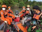 basarnas-mamuju-dibantu-masyarakat-melakukan-pencarian-tiga-korban-tenggelam.jpg