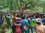 berburu-babi-hutan-di-desa-tea-musu-kecamatan-ulaweng_20171022_232519.jpg