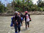 berjalan-kaki-7-km-relawan-act-mri-sulsel.jpg