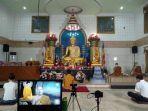bhikkhu-santacitto-membawakan-khotbah-dhamma-secara-daring.jpg