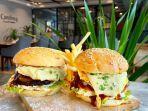 big-burger-with-french-fries-di-teraskita-1.jpg