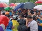 bpbd-kepolisian-dan-masyarakat-masih-melakukan-evakuasi-korban-longsor-di-majene.jpg
