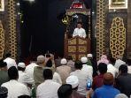bupati-iksan-iskandar-saat-memberi-sambutan-di-masjid-agung-jeneponto.jpg