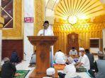 bupati-wajo-amran-mahmud-melaksanakan-salat-tarawih-di-masjid-agung-ummul-qura.jpg