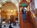 bupati-wajo-amran-mahmud-saat-khutbah-salat-iduladha-di-masjid-agung-ummul.jpg
