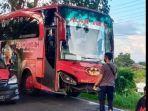 bus-yang-ditumpangi-personel-bko-polres-wajo-kecelak4er44.jpg