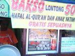 cak-ri-ini-adalah-seorang-penjual-bakso-di-kabupaten-sidoarjo.jpg