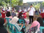 calon-walikota-makassar-munafri-arifuddin-saat-berkampanye-di-lorong-rt-3.jpg