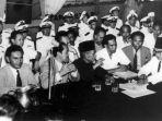 delegasi-indonesia-dalam-perjanjian-renville.jpg