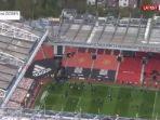 detik-detik-demo-fans-di-old-trafford-laga-manchester-united-vs-liverpool-tertunda.jpg