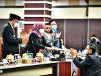 dewan-perwakilan-rakyat-dprd-sulawesi-selatan-sulsel-mengelar-rapat-paripurna-27112021.jpg
