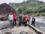 dollah-mando-tinjau-wisata-arum-jeram-desa-lombok-kecamatan-pitu-riase.jpg