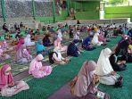 donasi-paket-ramadan-di-lapangan-tennis-rujab-wali-kota-parepare.jpg