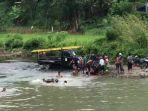 evakuasi-korban-tenggelam-di-bendungan-mallarunang-desa-laiya.jpg