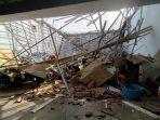 garasi-rumah-jabatan-ketua-dprd-sulbar-ambruk-akibat-diguncang-gempa.jpg