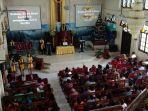 gereja-toraja-jemaat-masale-menggelar-ibadah-tahun-baru-20201.jpg<pf>gereja-toraja-jemaat-masale-menggelar-ibadah-tahun-baru-20202.jpg<pf>gereja-toraja-jemaat-masale-menggelar-ibadah-tahun-baru-2020.jpg
