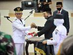 gubernur-sulawesi-selatan-hm-nurdin-abdullah-melantik-dan-mengambil-sumpah-prof-yusran4.jpg