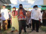 gubernur-sulbar-ali-baal-masdar-kunjungan-ke-sma-negeri-2-campalagian.jpg