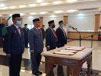 gubernur-sulbar-ali-baal-masdar-lantik-empat-pejabat-tinggi-pratama-di-aula-kantor-gubernur.jpg