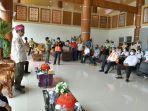 gubernur-sulsel-kembali-mengunjungi-bandara-buntuk-kunik-tana-toraja-rabu-3092020.jpg