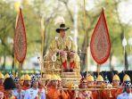 hari-kedua-penobatan-raja-thailand.jpg
