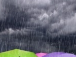 hujan-deras-payung.jpg