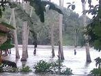 hujan-yang-kembali-mengguyur-kabupaten-bulukumba-membuat-beberapa-sungai-meluap.jpg