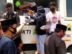 humanity-food-truck-aksi-cepat-tanggap-bagikan-makanan-gratis-di-pinrang.jpg