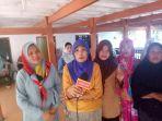 ibu-rumah-tangga-dari-kelurahan-benteng-kecamatan-bangkala_20180608_085330.jpg