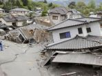 ilustrasi-kerusakan-bangunan-akibat-gempa-bumi_20181011_174649.jpg