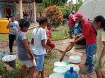 indihome-memberikan-bantuan-warga-bencana-banjir-dan-tanah-longsor-di-kota-serui.jpg