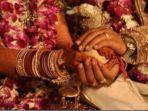 istri-hadiri-pernikahan-suami-1-21112019.jpg