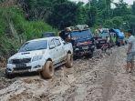 jalanan-rusak-di-kabupaten-manokwari-selatan-papua-barat.jpg