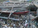 jembatan-cabodo-kini-jadi-tempat-pembuangan-sampah-warga-karena-tak-kunjung-diperbaiki.jpg